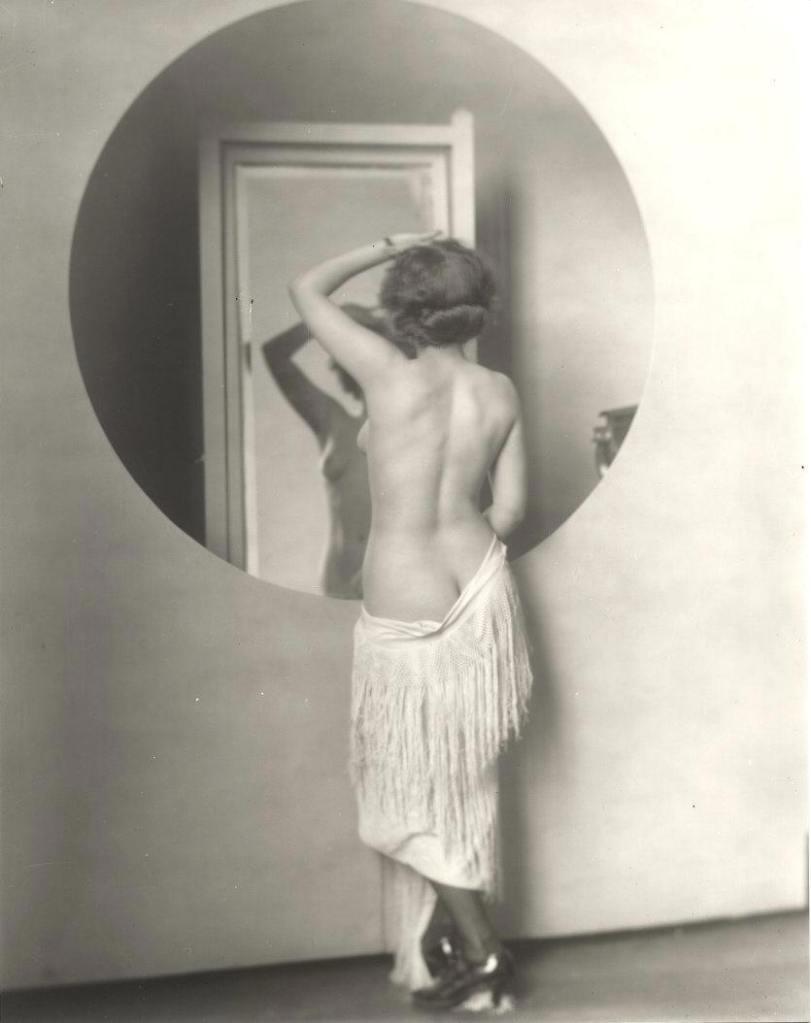 This image is from Historical Ziegfeld: http://ziegfeldgrrl.multiply.com/